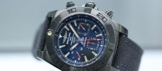 A charming watch on your wrist: Breitling Chronomat 44 Blacksteel